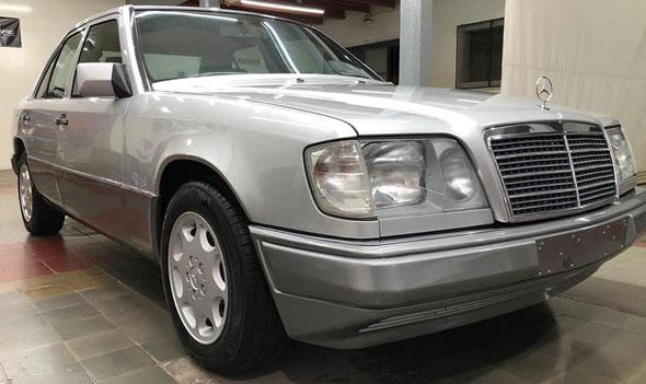 Mercedes Benz E200 16v