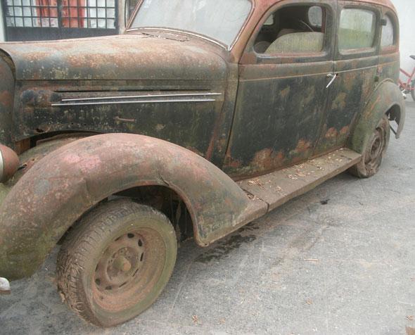 Auto Plymouth 1936