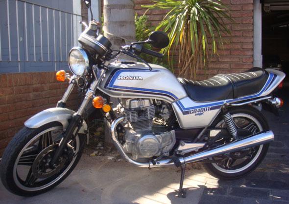 Moto Honda CB 400 T Hawk 1981
