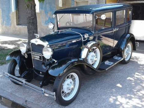 Ford A 1930 Sedán Town