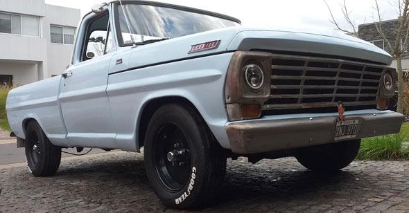 Auto Ford F100 V8 351 Iny.
