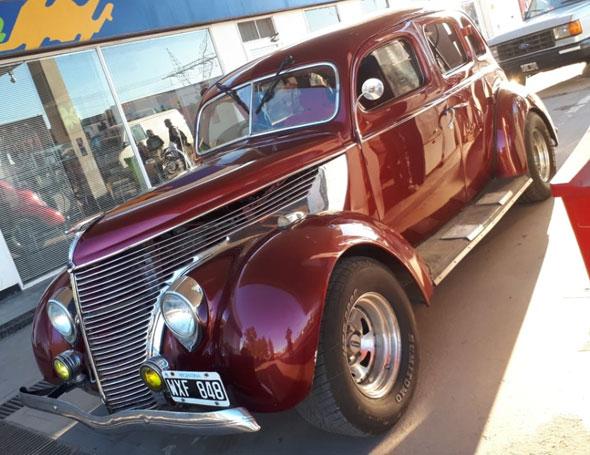 Ford 1938 Sedán