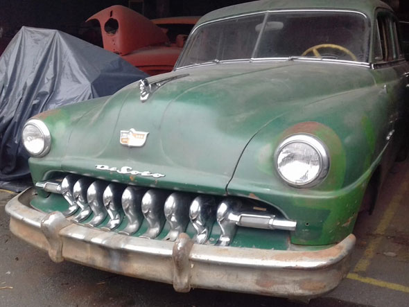 Desoto Deluxe 1951