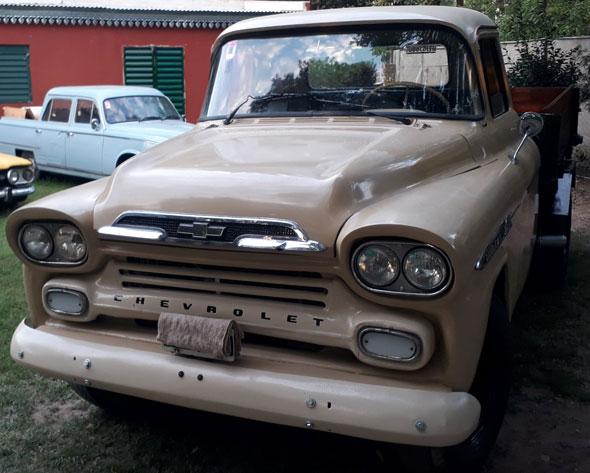 Chevrolet Apache Viking