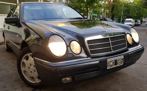 Mercedes Benz E 320 (W210)
