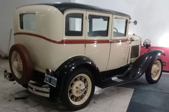 Ford A Town 1931