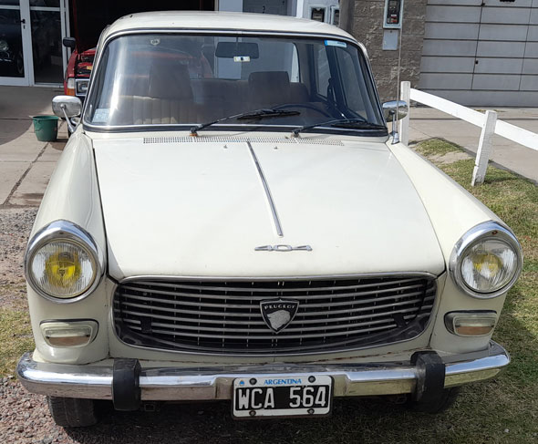 Peugeot 404 1975