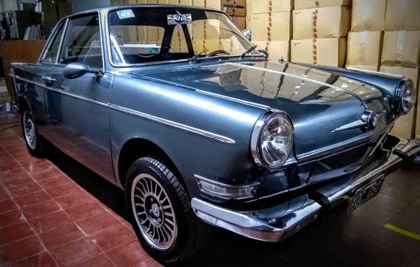 BMW 700 Coupé