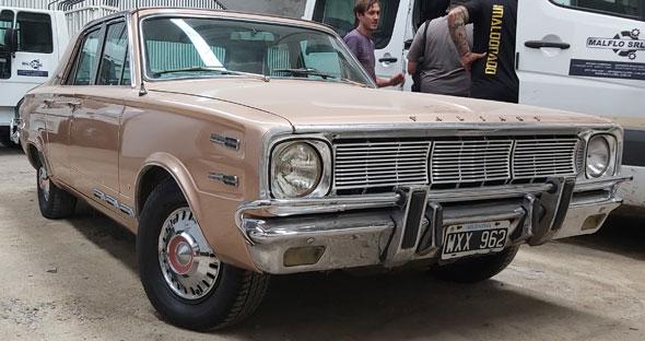 Dodge Valiant Iv