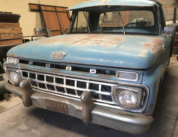 Ford F 100