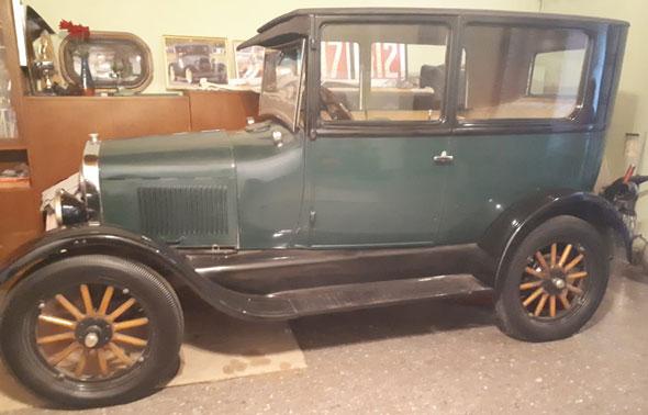 Ford T Tudor 1927