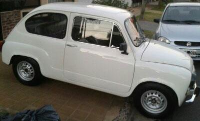 Car Fiat 600