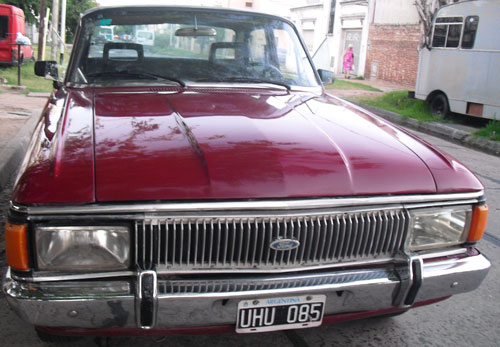 Car Ford Falcon Futura 1980