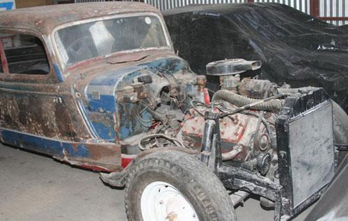 Car Ford V8 Ex TC Pistero