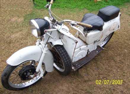 Motorcycle Guzzi Galleto 1955
