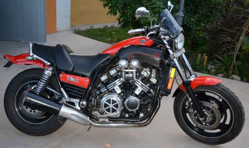 Car Yamaha V-Max