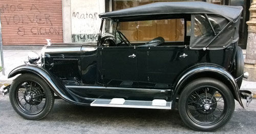 Car Ford A 1929 Phaeton