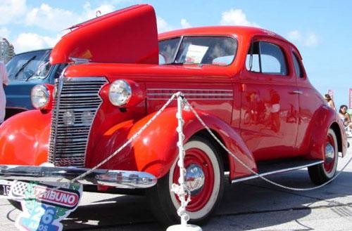 Car Chevrolet Coupé