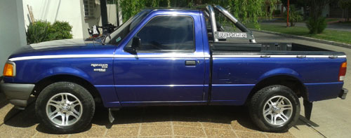 Auto Ford Ranger XL