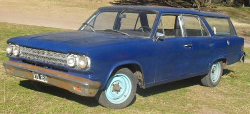 Car Rambler Cross Country