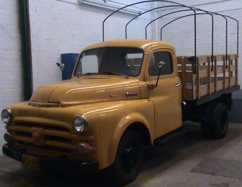 Car Fargo 1953