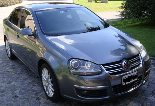 Car Volkswagen Vento 2.0t