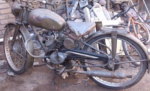 Motorcycle Puma 98 1959