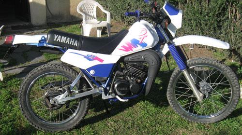 Car Yamaha DT 125