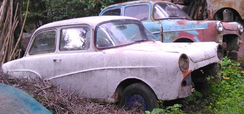 Car Isard T-700 K-700