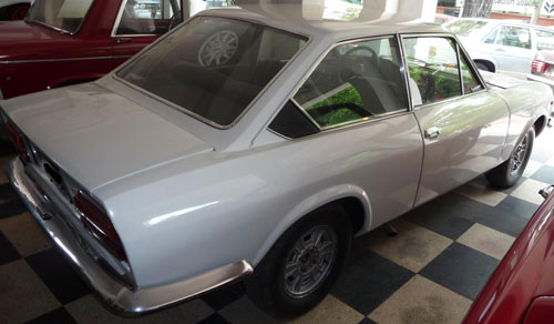 Car Fiat 124 S