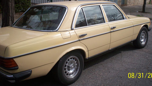 Car Mercedes Benz 230 E -1981
