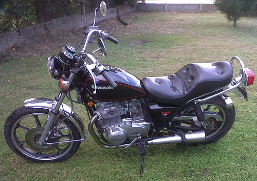 Motorcycle Kawasaki LTD 440