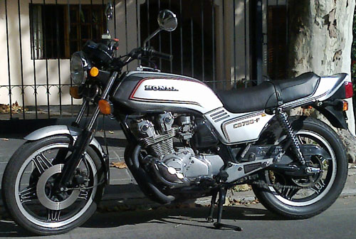 Motorcycle Honda CB750F
