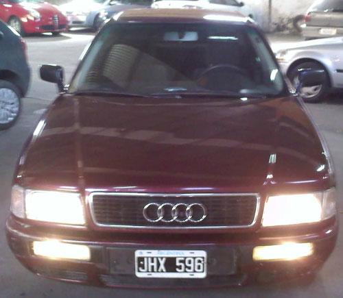 Car Audi 80E