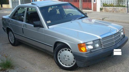 Car Mercedes Benz 190 E 2.6