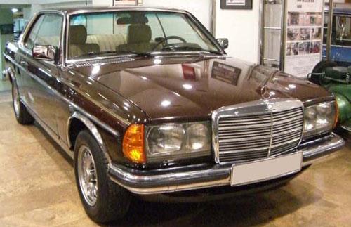 Car Mercedes Benz 230 CE W123