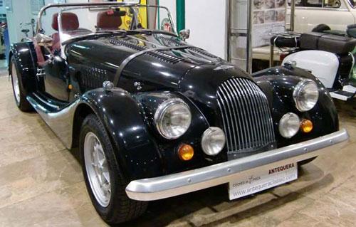 Car Morgan Plus 8