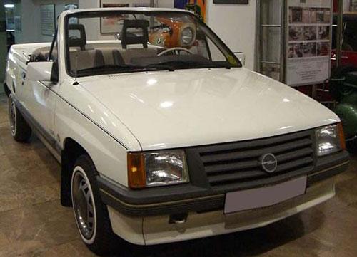 Car Opel Corsa 1,2 Cabriolet