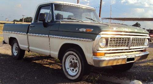 Car Ford F100 V8
