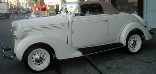 Car Plymouth 1936 Coupé Cabriolet