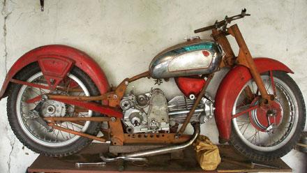 Motorcycle Guzzi Falcone Sport