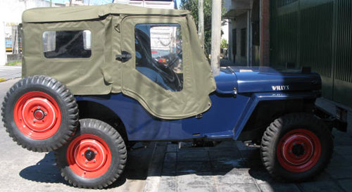 Auto Willys CJ2-A
