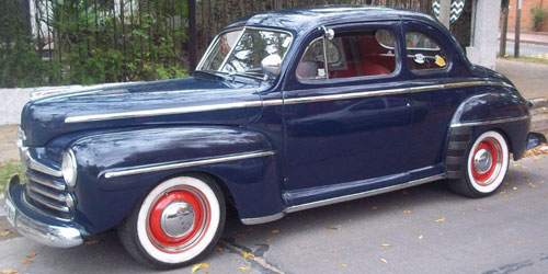 Car Ford 1947 Coupé