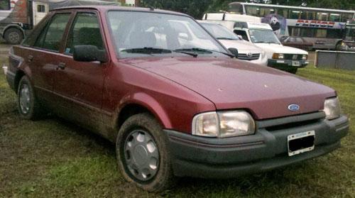 Car Ford Escort LX