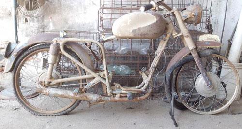 Motorcycle Moto Puma 4ta. Serie 1964