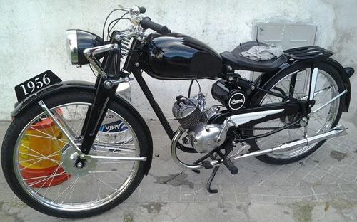 Motorcycle Puma 98 1956