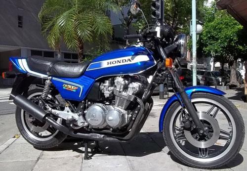 Motorcycle Honda CB 900 Boldor