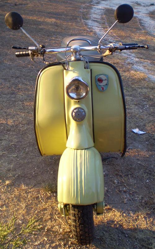 Motorcycle Siambretta De Lujo