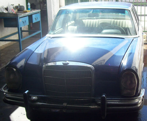 Car Mercedes Benz 280 SE