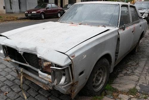 Auto Mazda 929